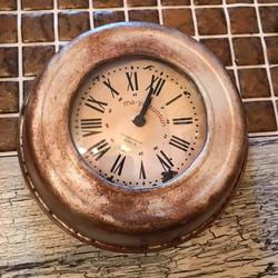 鉢の受け皿と100均時計でアンティーク時計