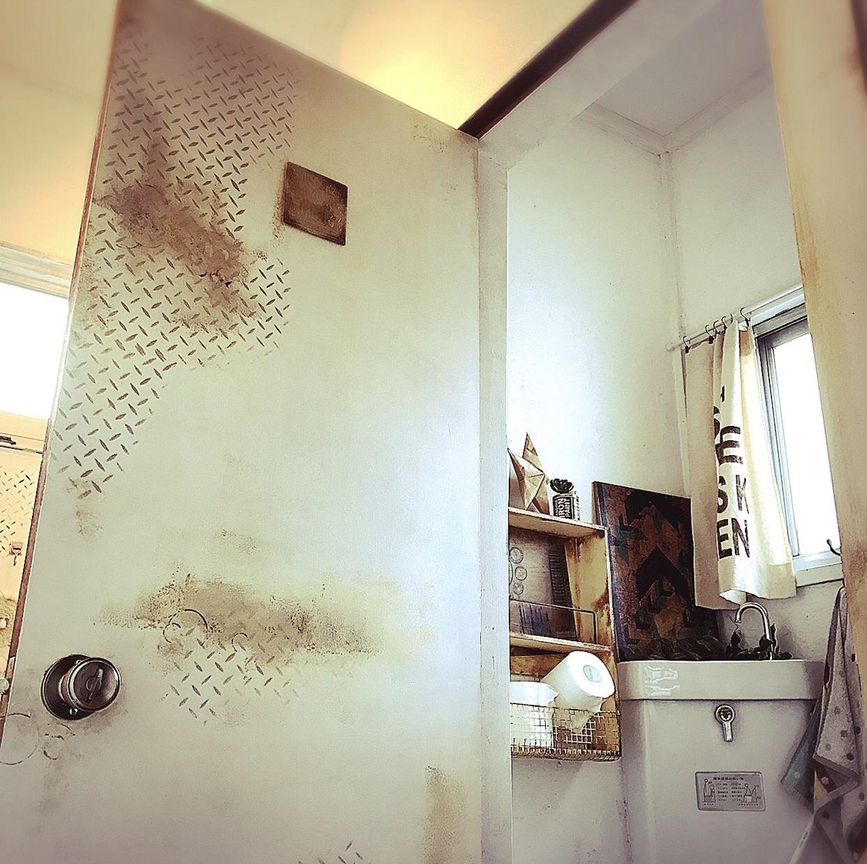 トイレのドア(内側)