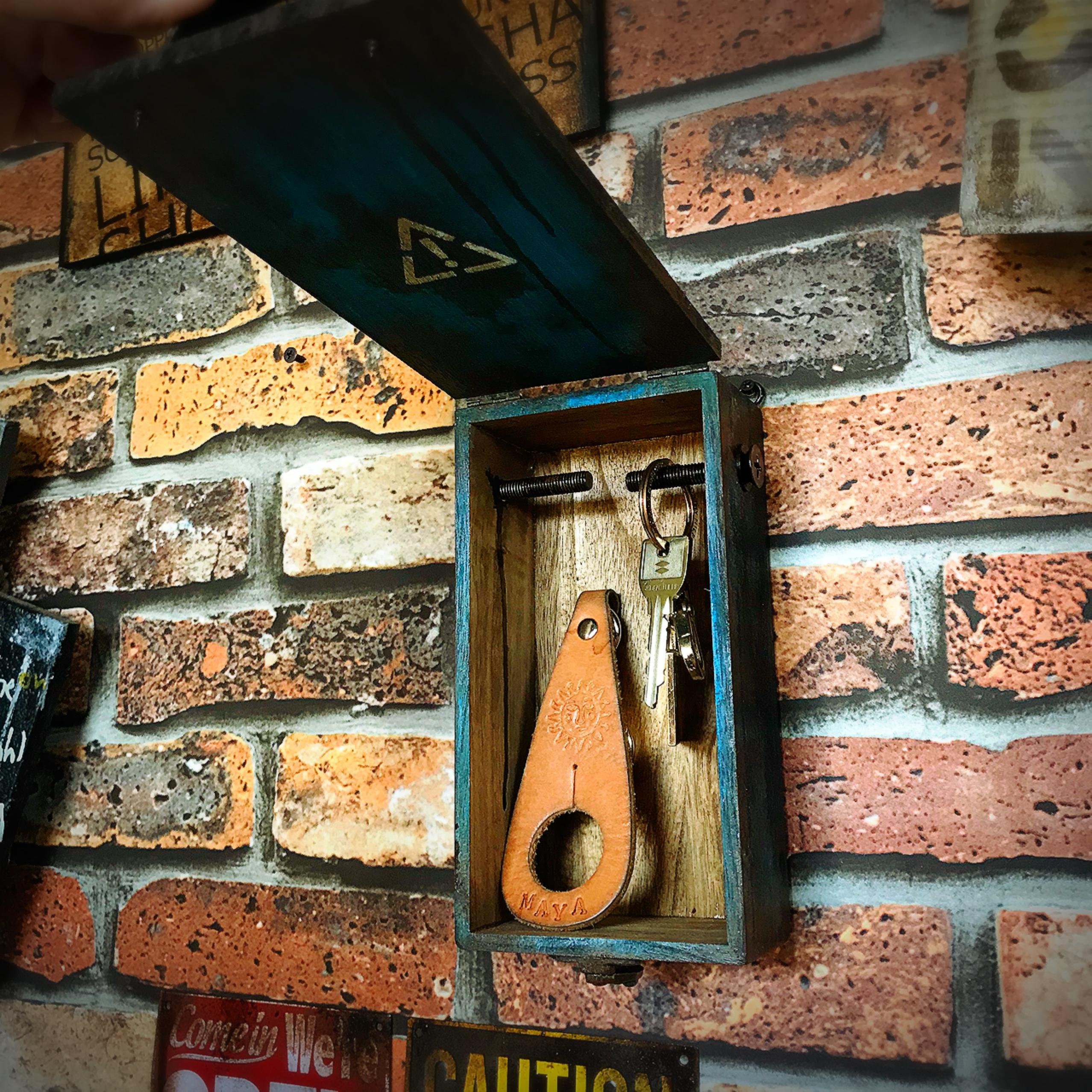 木箱をキーボックスに