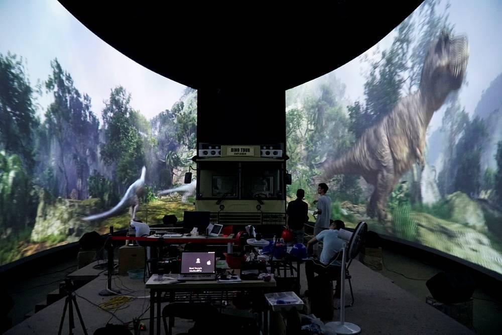 Dino_Tour_Dinosaurland-3.jpg