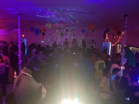 partypic1.jpg