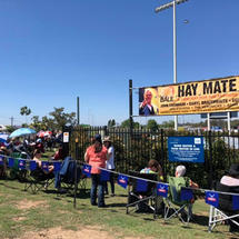 Crowds at the Hay Mate Buy a Bale Concert