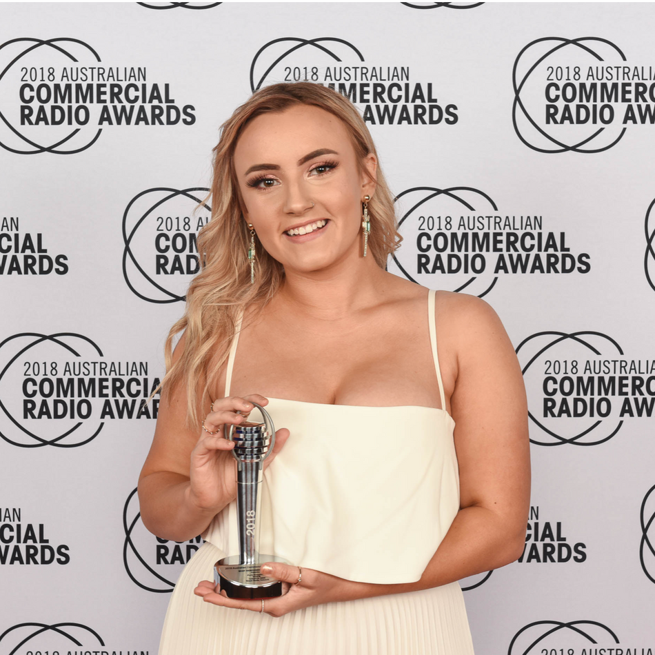 Paris Humphries wins Best Newcomer Award at the 2018 Acras