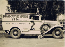 1936: 2TM Sales and Service Car in