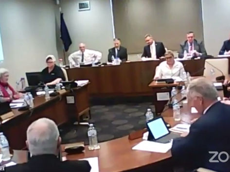 Regrettable lapse of social distancing at Council meeting