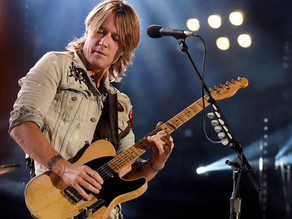 Forget Santa, Keith Urban is Coming to Town
