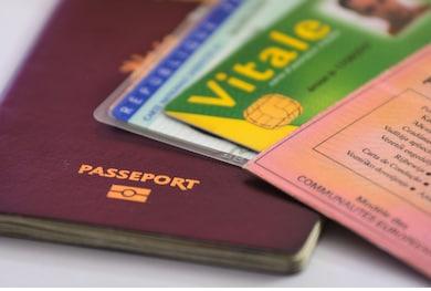 R.D.V. Passeport ou Carte d'identité