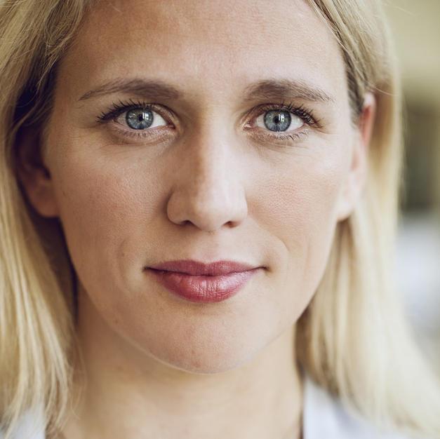 Elisa Hoven
