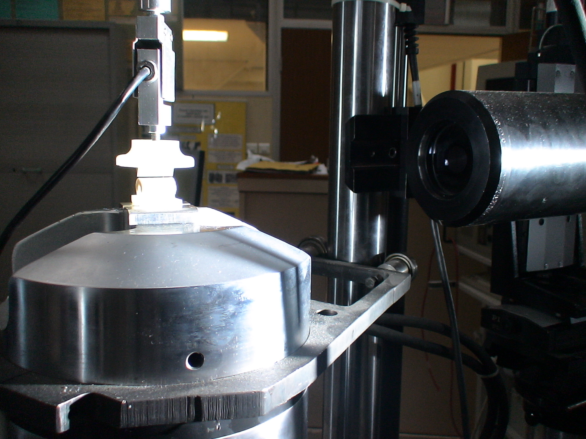 Experiments at ENS Cachan (2005)
