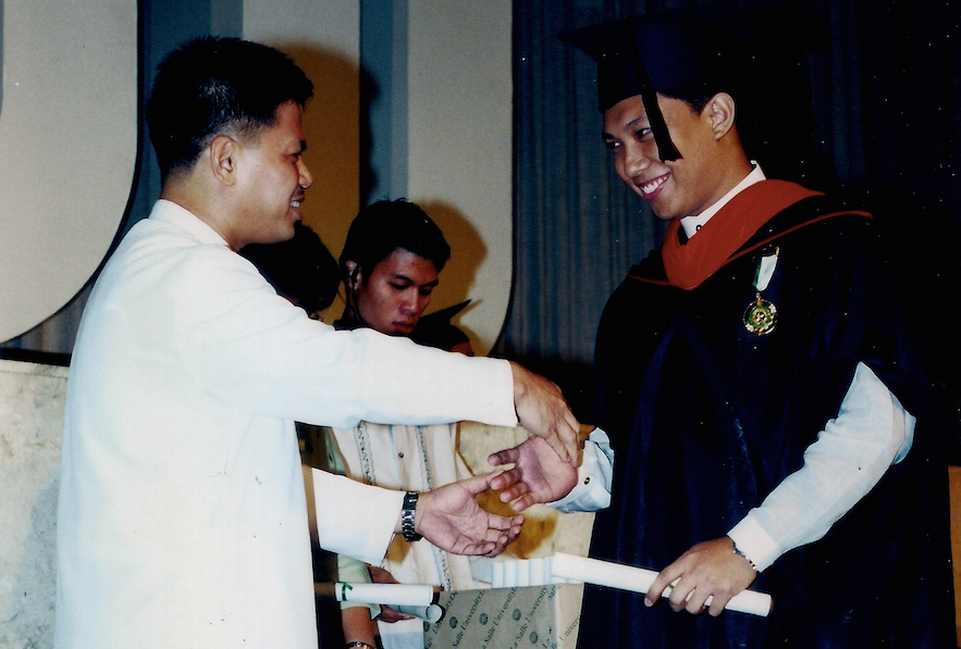 Graduate with High Distinction, 2002