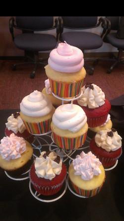 Cupcake stand 2.jpg