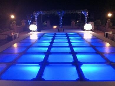 Piscina de metacrilato con LED