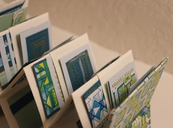 Emerald Double Accordion Pocket Book