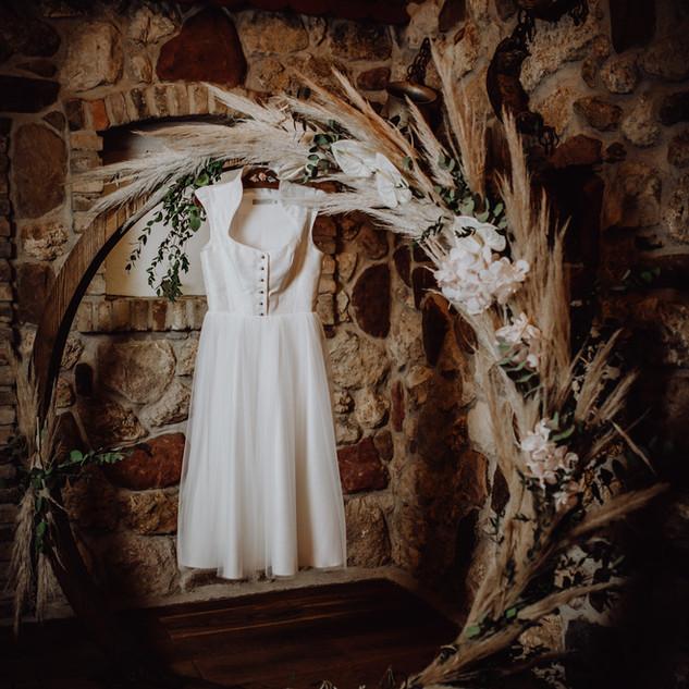 Hochzeitsdirndl mit Tüllrock