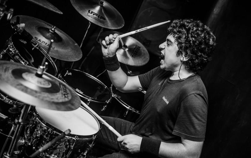 Overtoun Agustin Lobo Drums Live