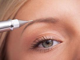 Permanent make U Augenbrauen Powderbrows Microblading