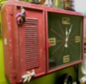 MetrOasis New Orleans Room Clock