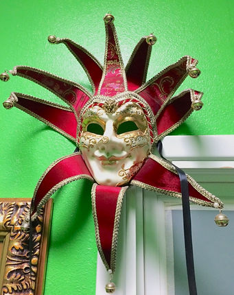 MetrOasis Venezia Esthetician Room Mask 1