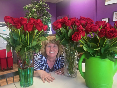 Sue LOVES Roses!