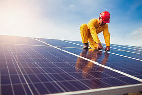 technician-is-repairing-solar-panel_3423