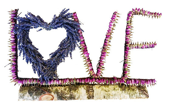 Standing letters: Love
