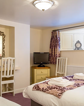 Broadlands Guest House - Lower Ground Floor Room