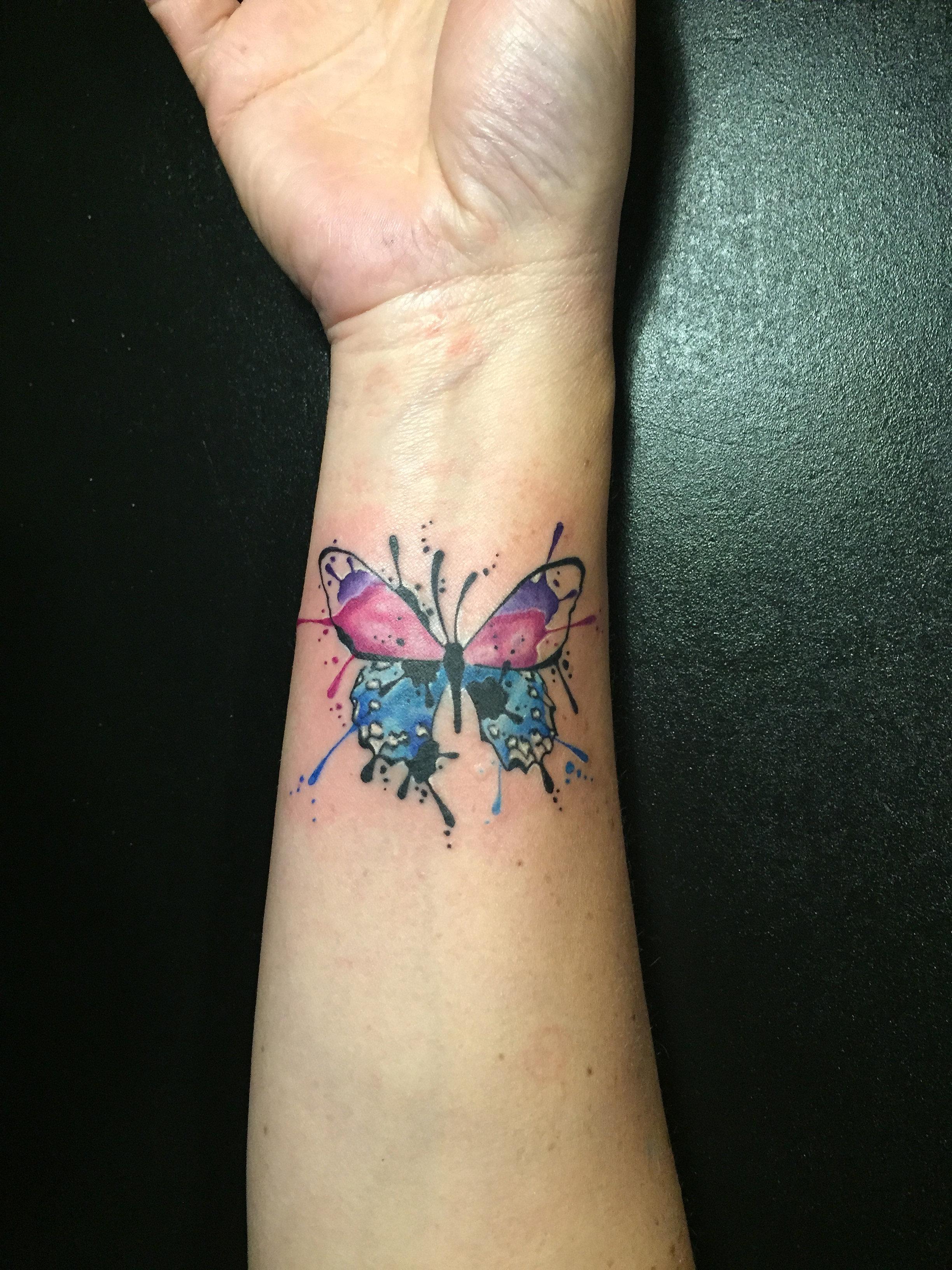 tatouage aquarelle tatoueur tours