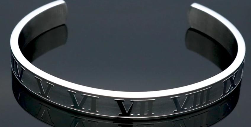 Roman Numerals Steel Bracelet I Silver