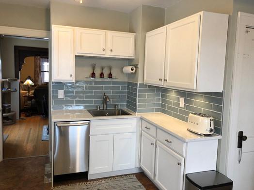2018-11-30 kitchen front.jpeg