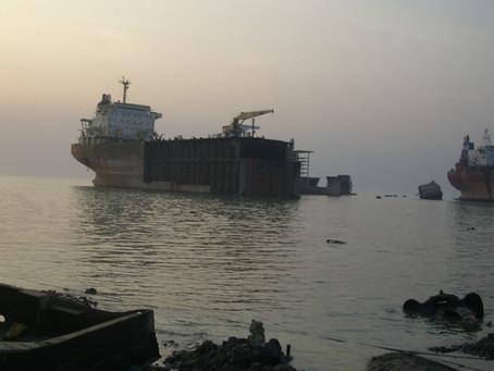 Bangladeshi scrapyards see record number of fatalities