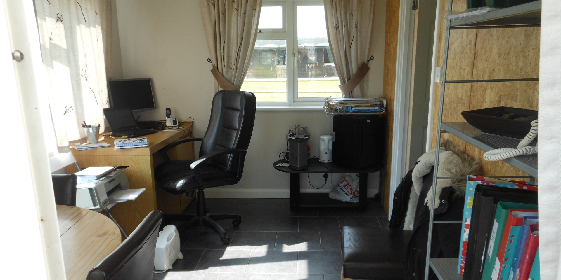 A finished and already full up office_re