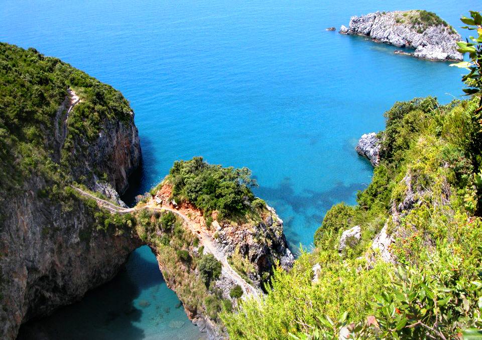 the Arcomagno Bay boat trip, classic