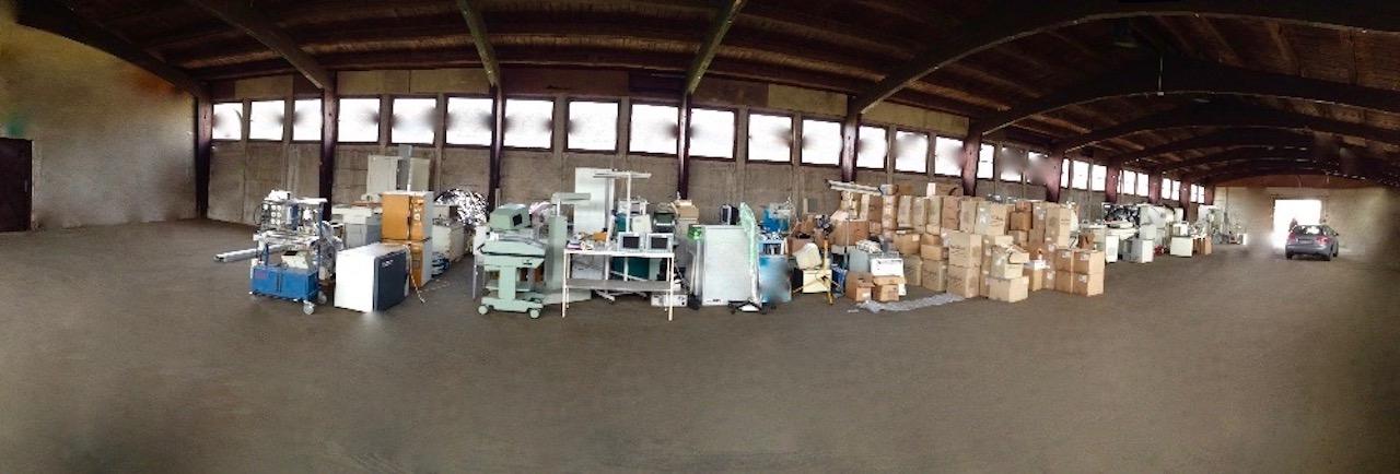 Mezisklad materiálu a přístrojů