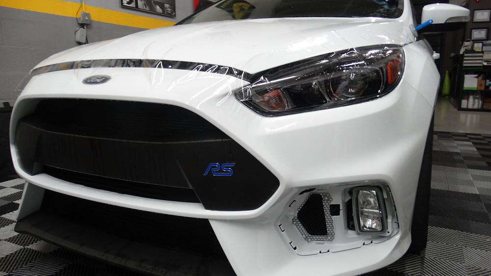 Ford Focus RS - Paint protetion Film - Clear Bra - Xpel Clear bra - Paint Protection