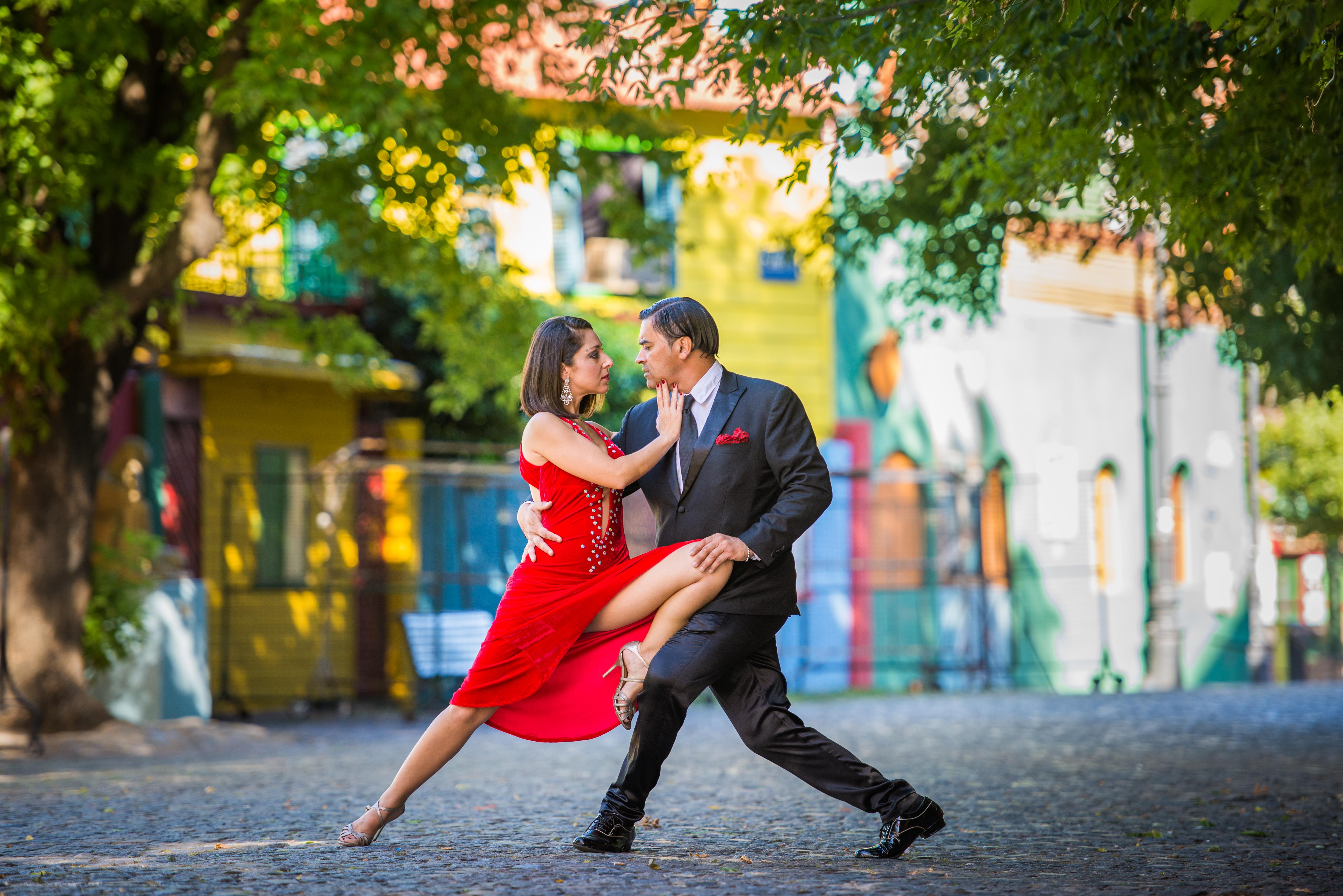 Tango on Caminito Street (Buenos Aires, Argentina)