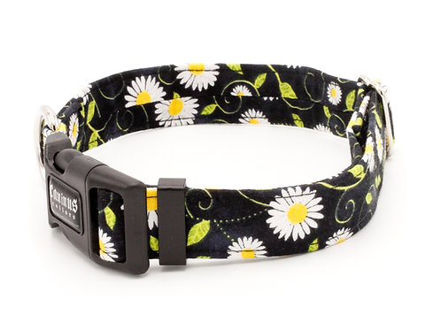 Black Daisies Collar