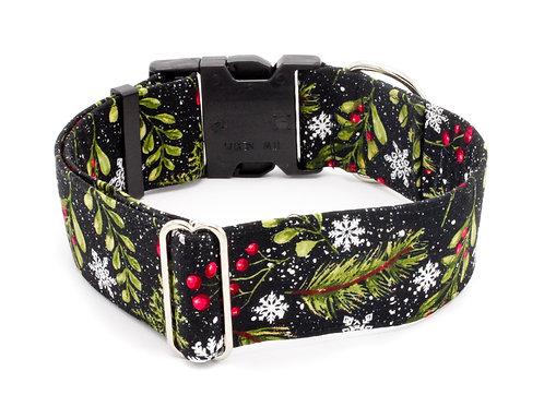 Holly & Snowflakes Winter Collar