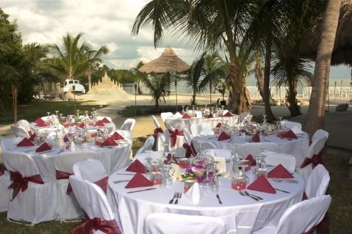 beach wedding reception1