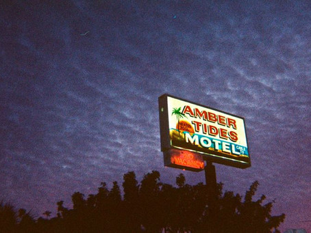 """Florida Ghost Motel (with a Capital """"O"""")"""