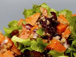 Bio dica: Salada natalina de quinoa