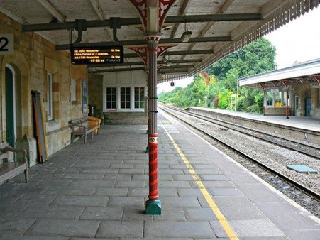 Rail improvements  on the Cotswolds Line