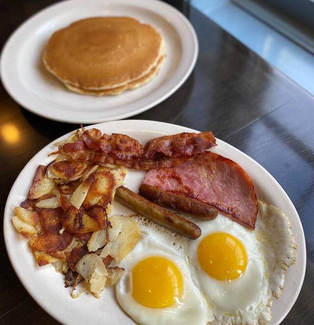 Colonial Breakfast Meal.jpg