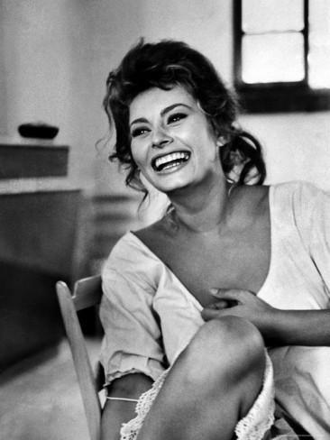 Sophie Loren laughing.jpg