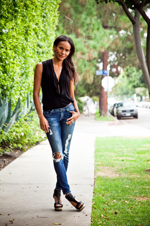 Amanda Luttrell Garrigus in Dylan George Jeans