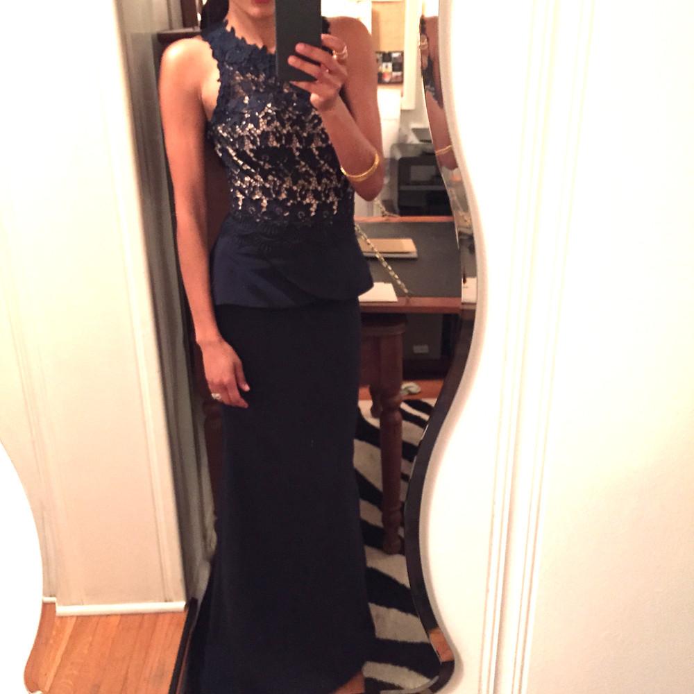 Amanda Luttrell Garrigus Oscars selfie full length love.JPG