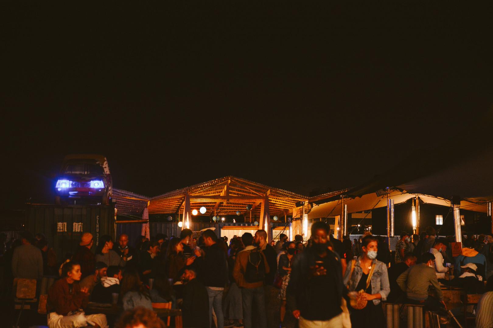 Agora et bar 2 nuit_.jpg