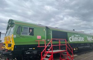 'The Frying Scotsman' British-made green cars exported by train which runs on used vegetable oil