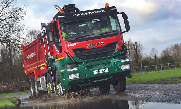 iveco-trakker-clancy-plant-hire-uk-hauli