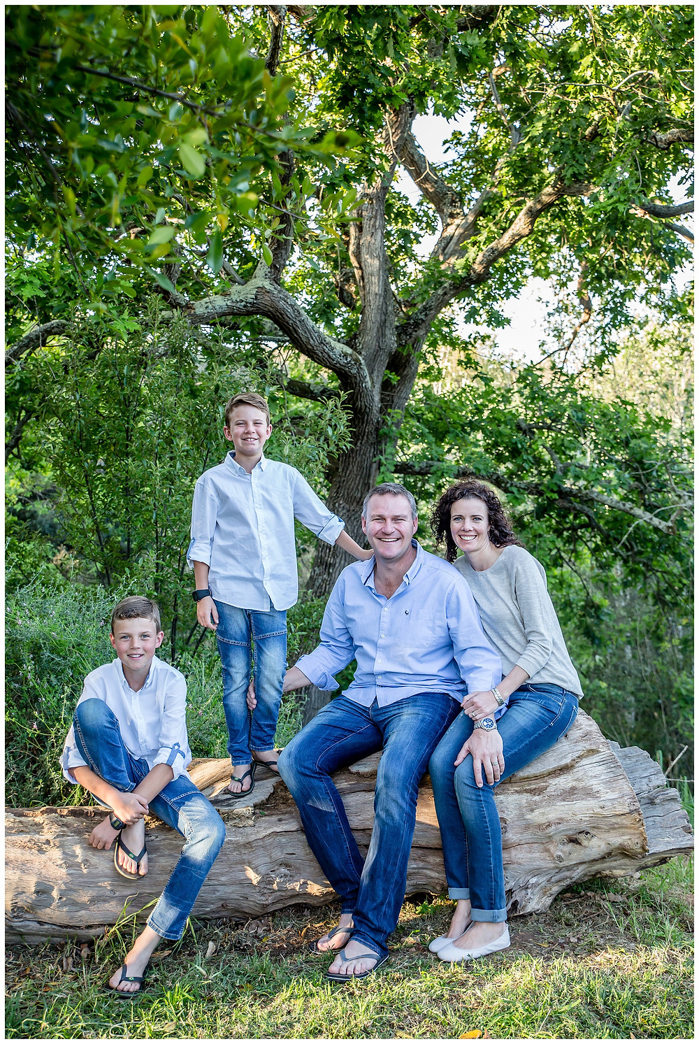 Extended family shoot at Majik Forest by Jaqui Franco Photography