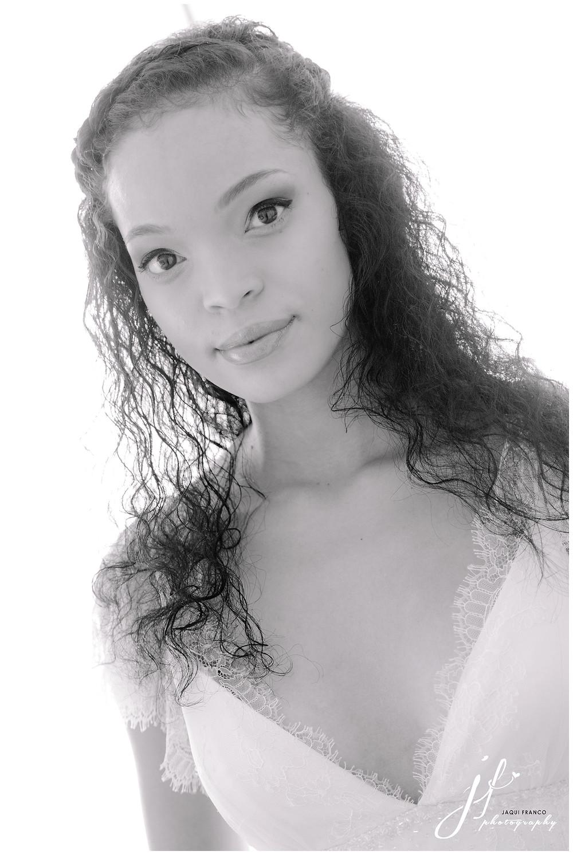 Black & White bridal portrait by Jaqui Franco Photography Cape Town